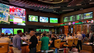 More Mobile Bets Than In-Person Sports Wagers In First Month