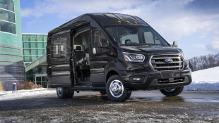 2020 Ford Transit Crew, F-250 Diesel Are Ready To Work With Luxuries