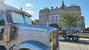 Commercial Drivers Call On Lawmakers, Rally Against Fully Autonomous Trucks