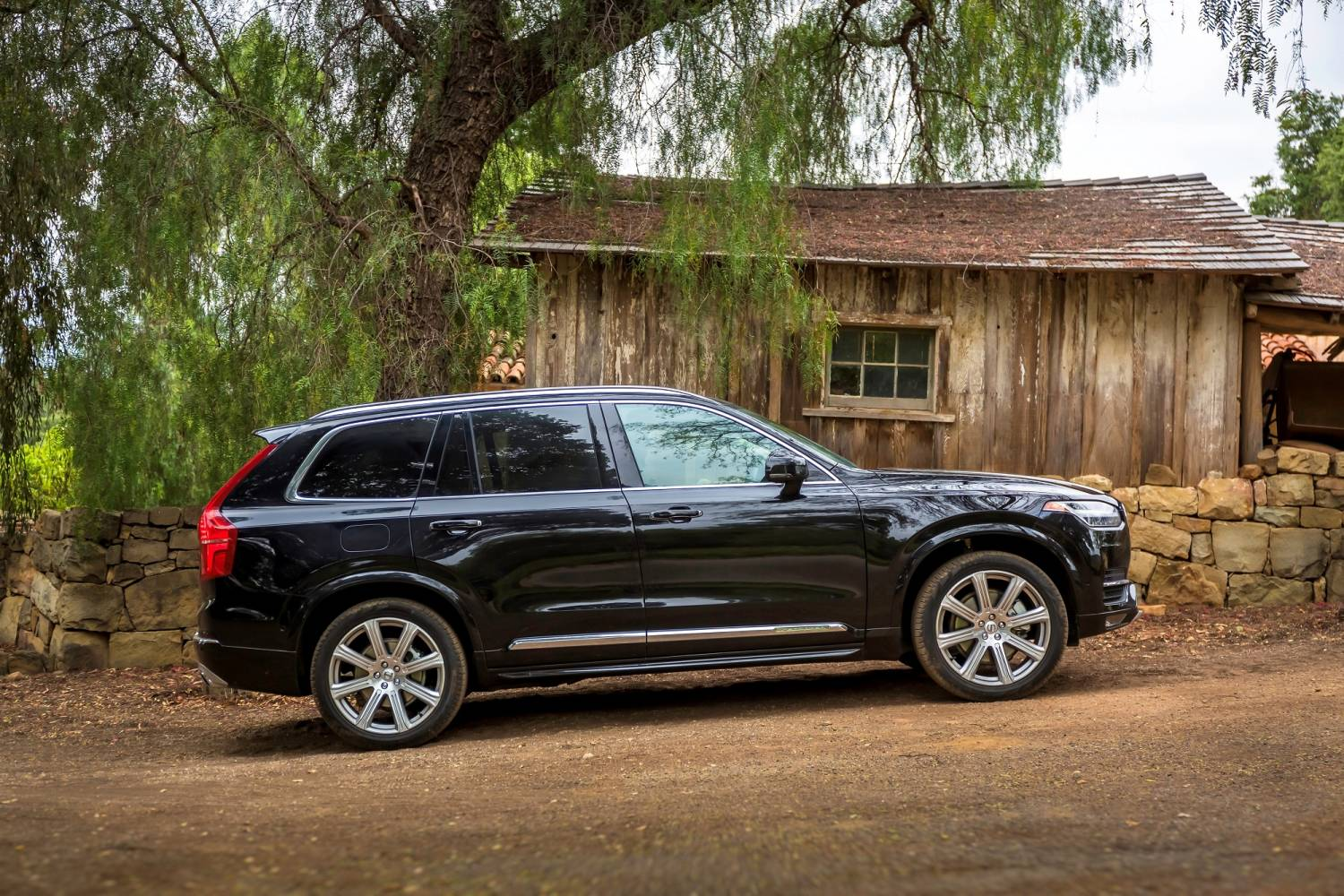 Volvo XC90 Rules From China To Sweden