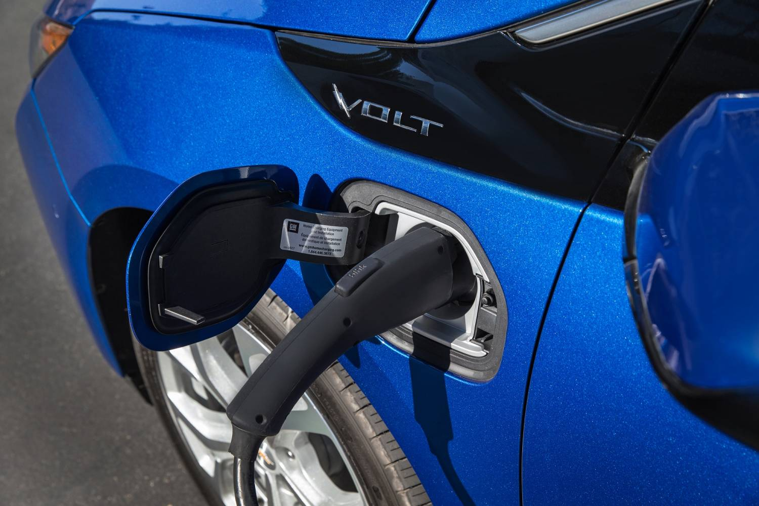 Redesigned Chevy Volt Is Like Gaga With Bennett Gas