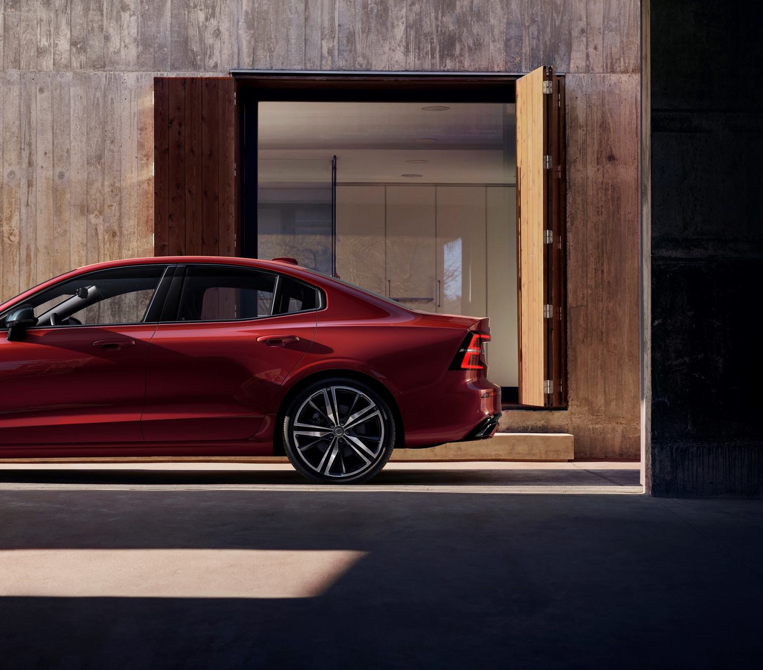 2019 Volvo S60 R-Design Sports Out From America