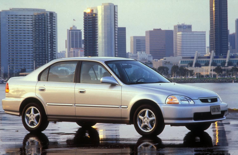 2001 Honda Civic Mpg >> Tenth Generation Honda Civic Lights Its Piano On Fire