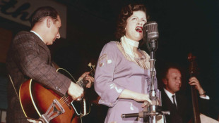 Brenda Lee Reminisces About Patsy Cline